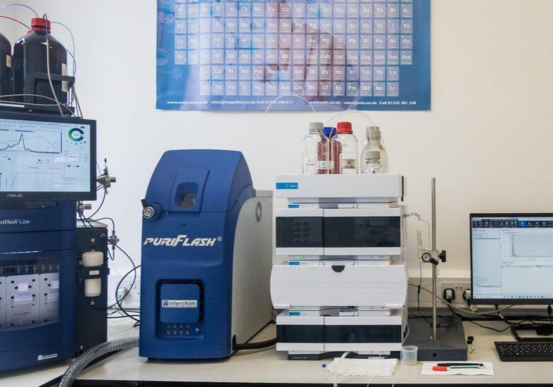 AF ChemPharm Mid Size Image instrument room 02
